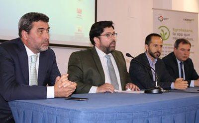 RTS presentó sus Aislantes Térmicos para Naves AgroIndustriales en Lora del Río